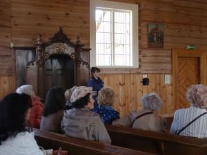 Klausomės pasakojimo apie centrinį altorių