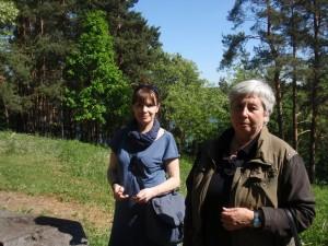 Mūsų kelionės gidės Menotyrinninkė Ina Dringelytė ( kairėje) ir  Asia Gutermanaitė