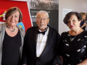 Su S. Balzeku ir LUMA Vakarų Amerikos pirm. Rima Kašubaite Binder